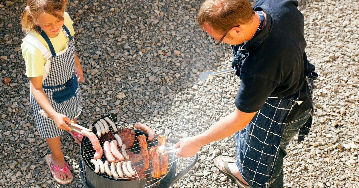 Grilling with Children at Zion River Resort