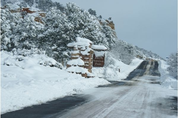 Can You Go to Zion in the Winter   Winter in Zion National Park